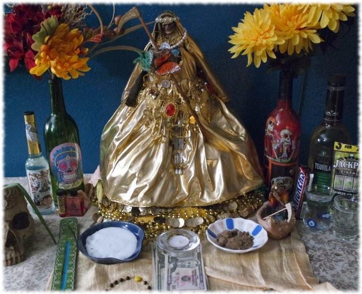 Cómo hacer un altar de la Santa Muerte